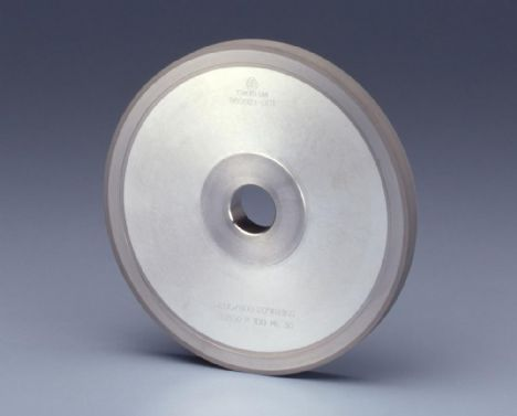 DIAMOND WHEEL FOR CHAMFERING GLASS SUBSTRATES
